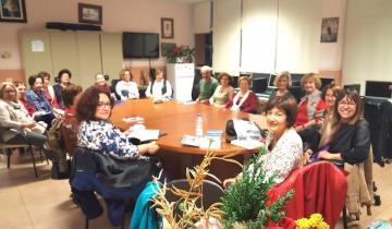 Asociación Enseñantes Jubilados Paulo Freire Club de Lectura Tertulias con Felicidad Batista Ralatos de la Patagonia
